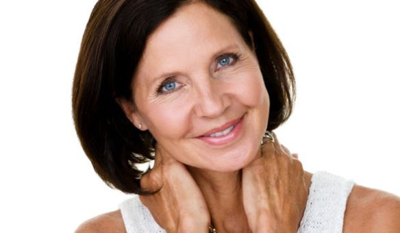mature-woman-smiling-skincare_article_new