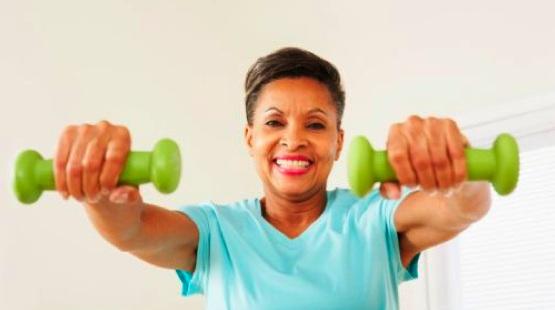older-black-woman-exercising
